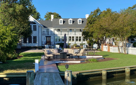Waterfront Hambleton Inn Bed & Breakfast
